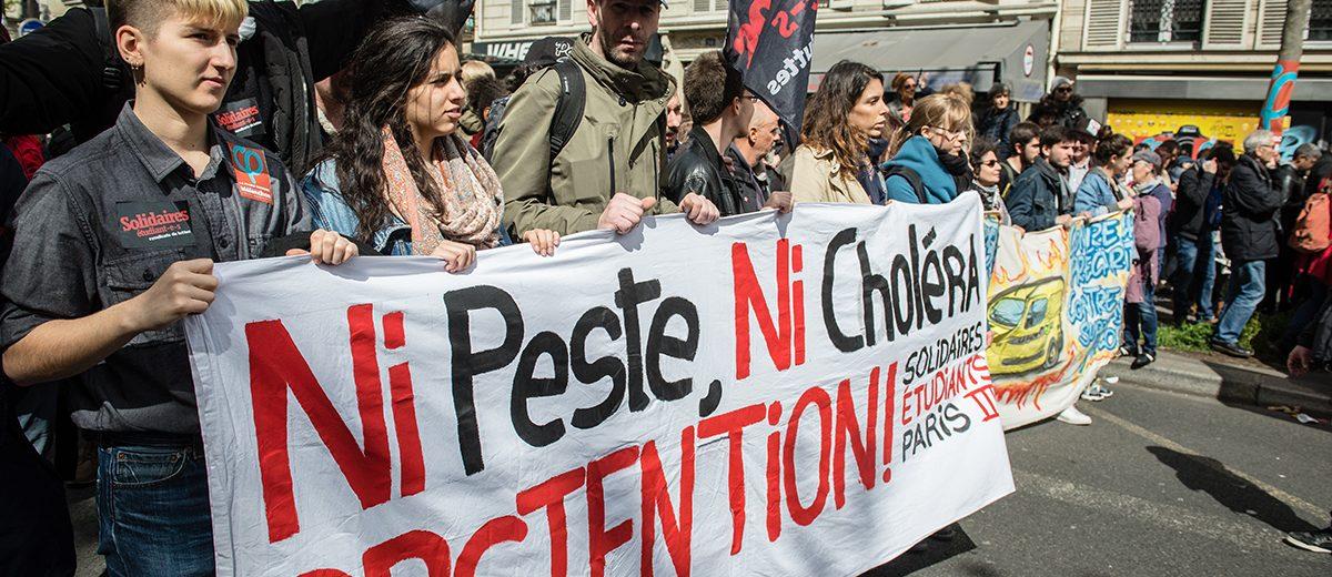 """""""Ni peste ni cólera"""", la posición abstencionista frente a la segunda vuelta entre el centrista Emmanuel Macron y la extrema derecha de Marine Le Pen. Más del 25% de los electores se abstuvieron. Foto: Hugo Passarello"""