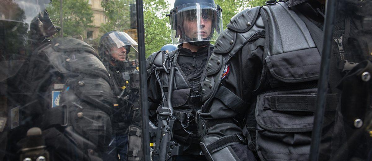 Durante la marcha del 1 de mayo, transformado en mitin anti Le Pen, la policía se enfrentó con decenas de manifestantes. Foto: Hugo Passarello