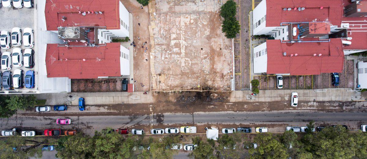 Rancho de los Arcos 32. El terreno donde se derrumbó un edificio de 5 pisos. 7 muertos. Foto: Alejandro Saldívar