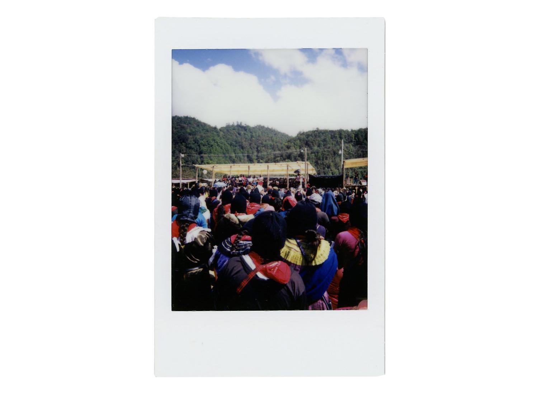 """Día 2: """"Para nosotras como mujeres zapatistas es un orgullo muy grande estar aquí con ustedes y les damos las gracias porque nos dieron un espacio para compartir con ustedes nuestras palabras de lucha como mujeres zapatistas que somos""""."""