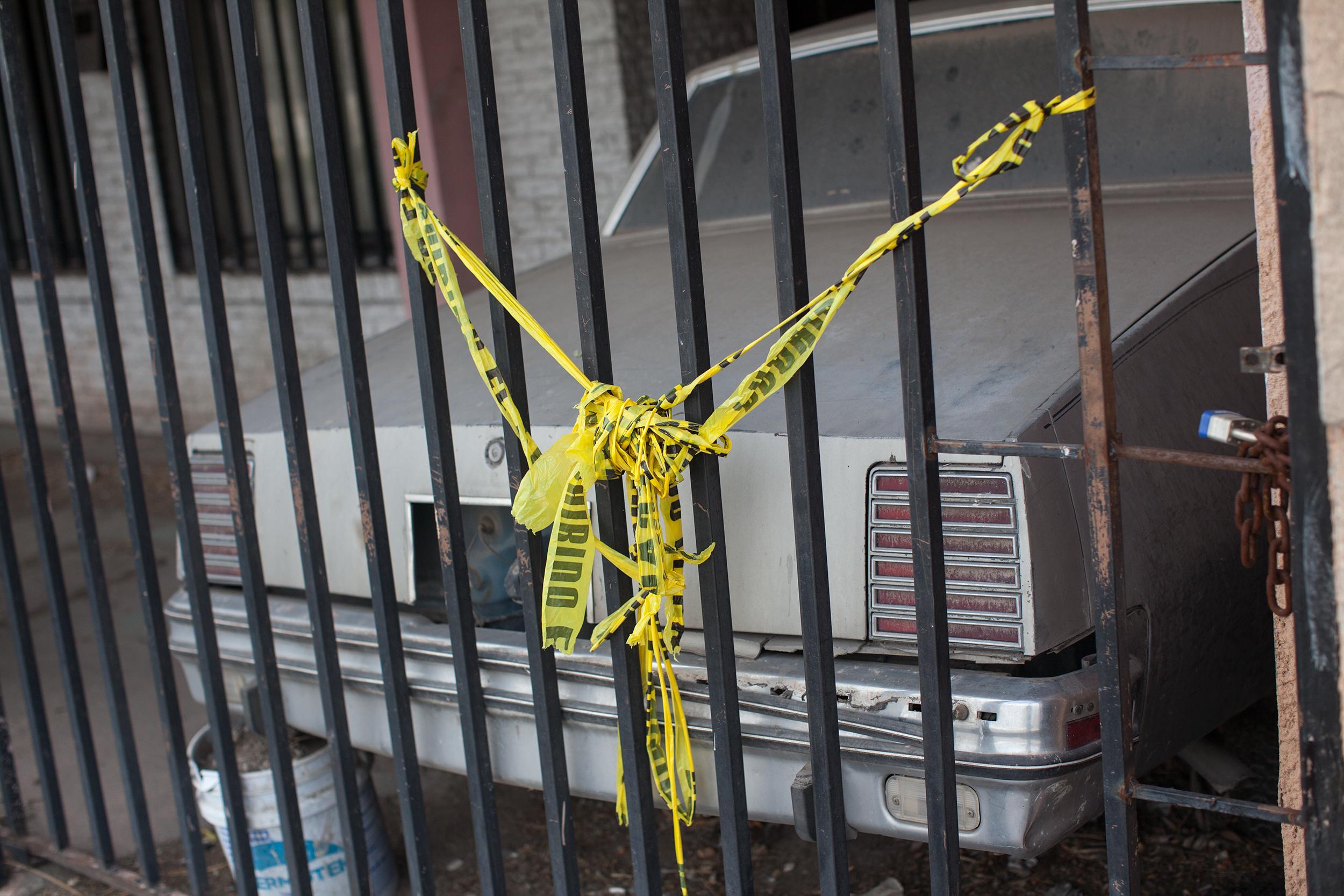 La escena de un homicidio en Juárez. Foto: Alejandro Saldívar