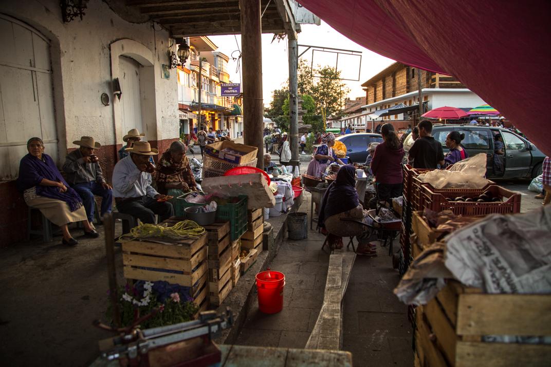 Tras el proceso de elecciones, en Cherán, la vida cotidiana se retoma en total tranquilidad, como desde hace siete años acontece. Foto: Heriberto Paredes