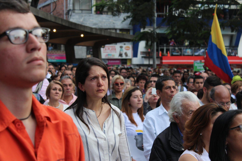 Firma del tratado de paz visto en Medellín. Foto: Daniel Wizenberg