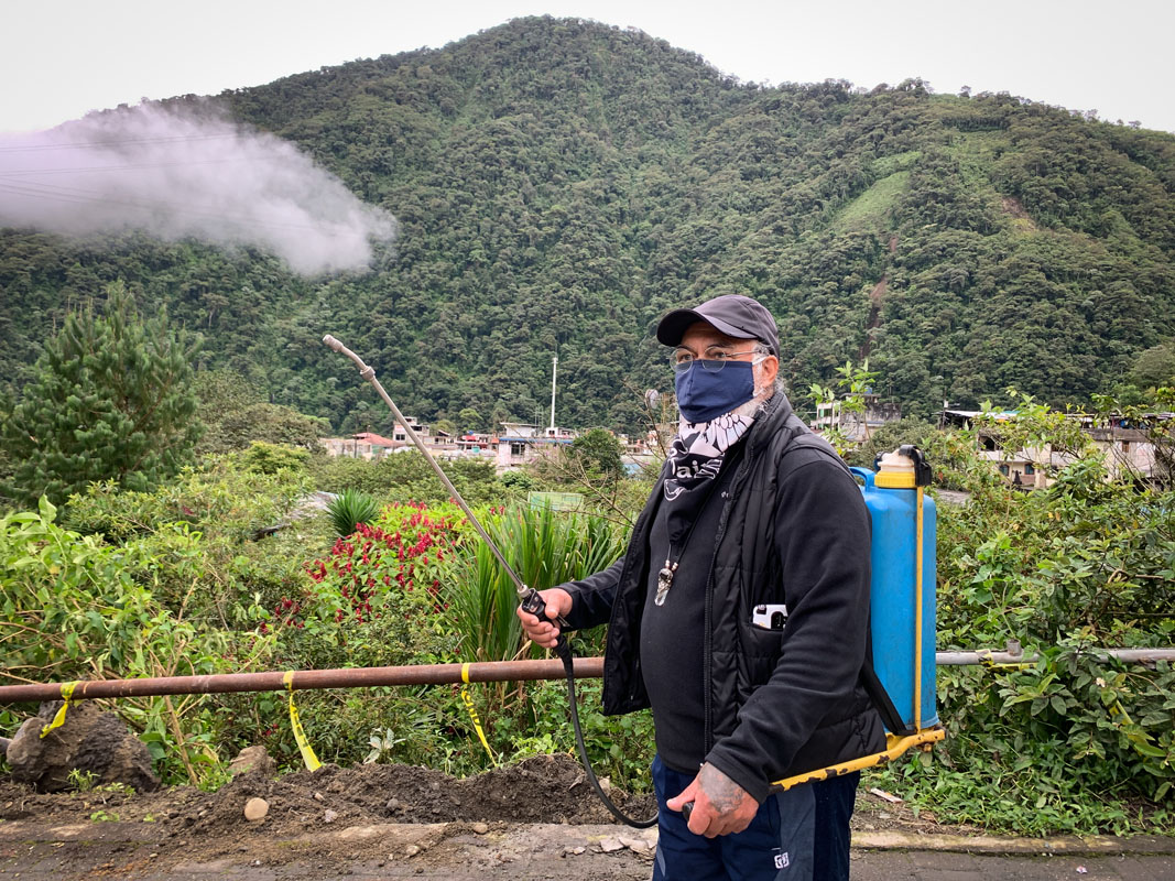 Neri Guachiza, guardia comunitario. Foto: Dominique Riofrio