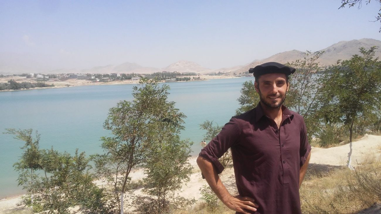Mis tiempos felices en Afganistán: de fondo, el lago Qargha