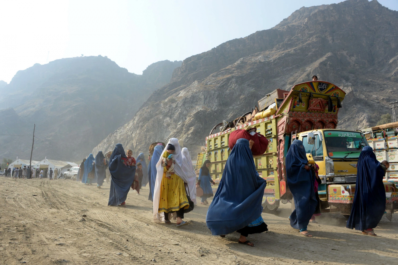 Hasta hoy, los refugiados y refugiadas afganas se cuentan de a cientos de miles en Pakistán.